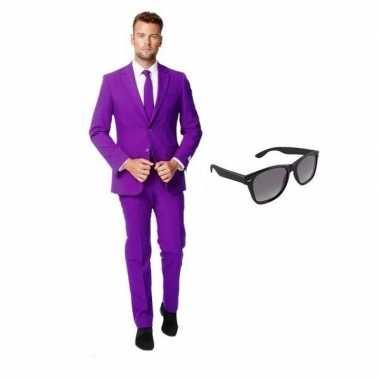 Paars heren verkleedkleding maat 52 (xl) met gratis zonnebril