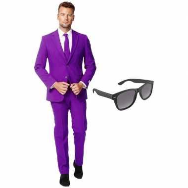 Paars heren verkleedkleding maat 54 (xxl) met gratis zonnebril